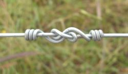 figure 8 wire knot